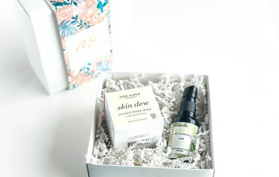 Art of Organics: Clean Beauty Box Reveal [Dew: April 2018]