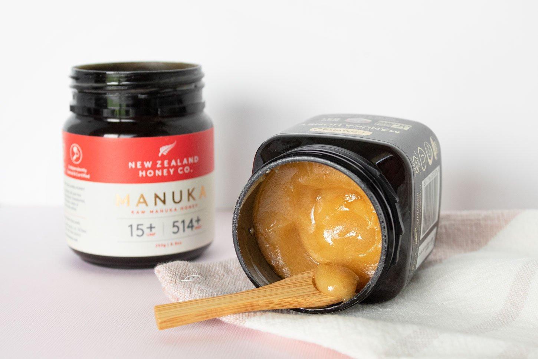 Manuka Honey Face Mask for Acne Treatment