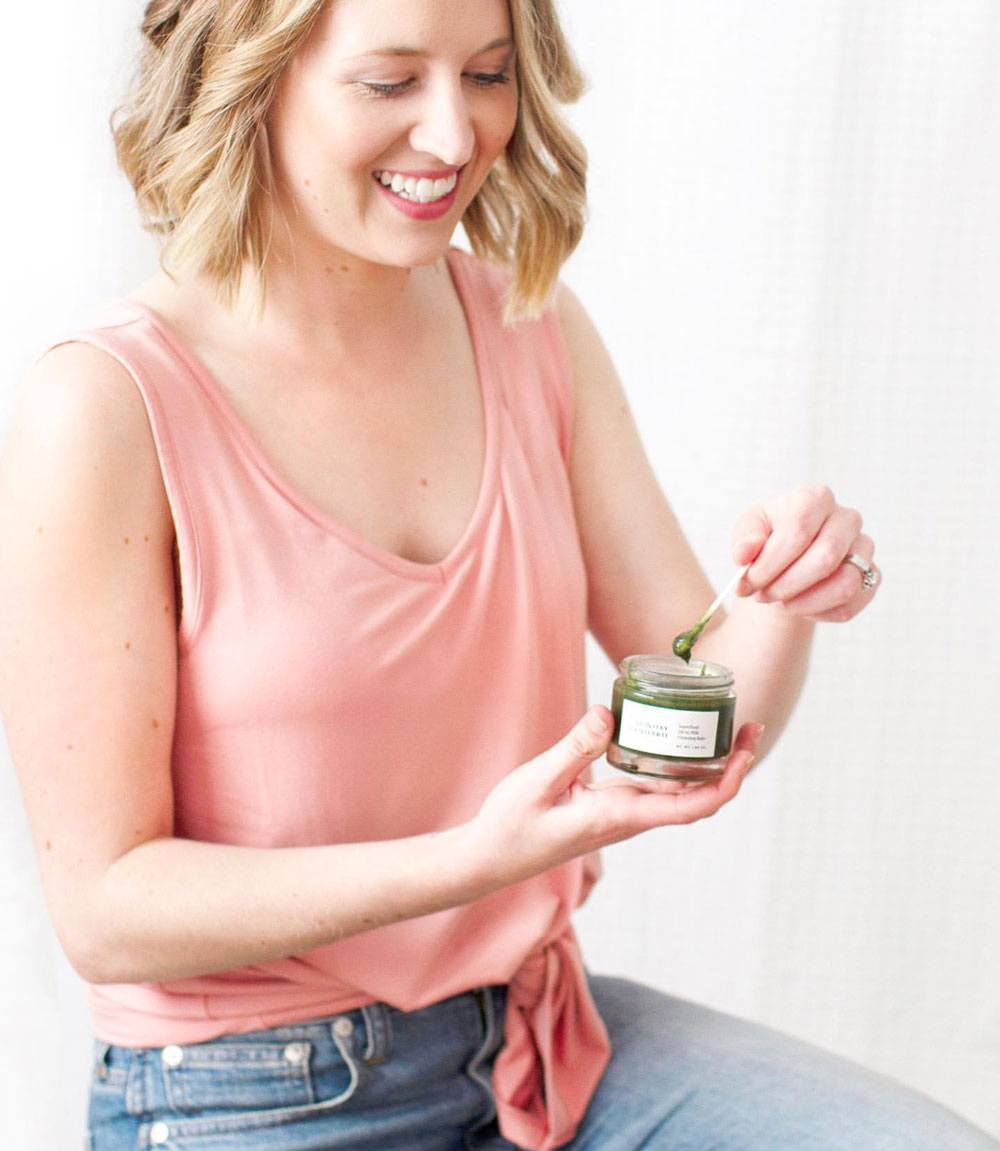 Sunday Standard Superfood Oil-to-Milk Cleansing Balm