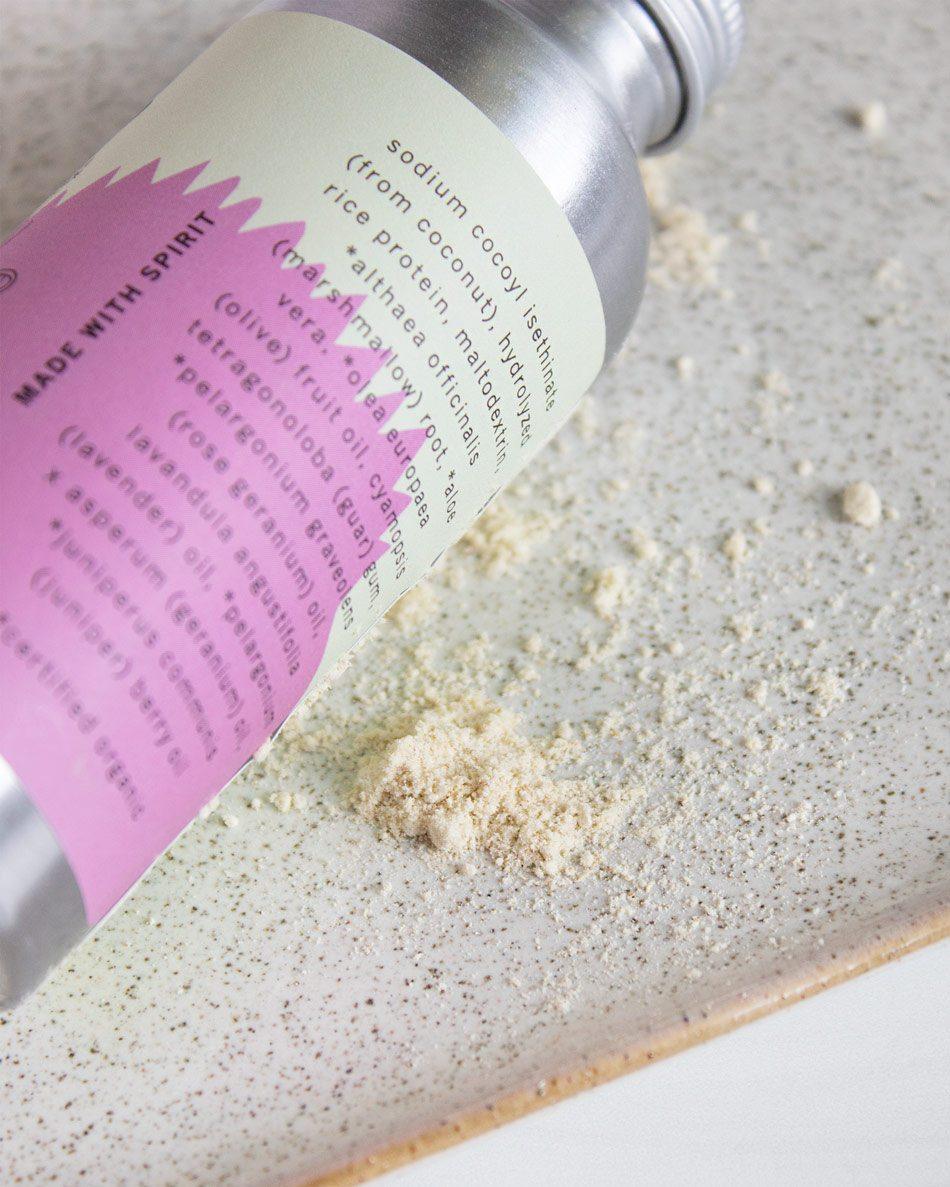 Meow Meow Tweet Rose Geranium Shampoo Powder Review